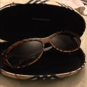Burberry shades classic print New style with tags